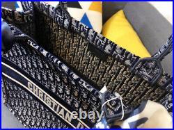 Dior Book Tote Blue Dior Oblique Embroidery